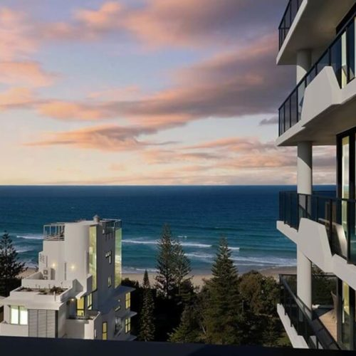 77-70-The-Esplanade-Burleigh-Heads